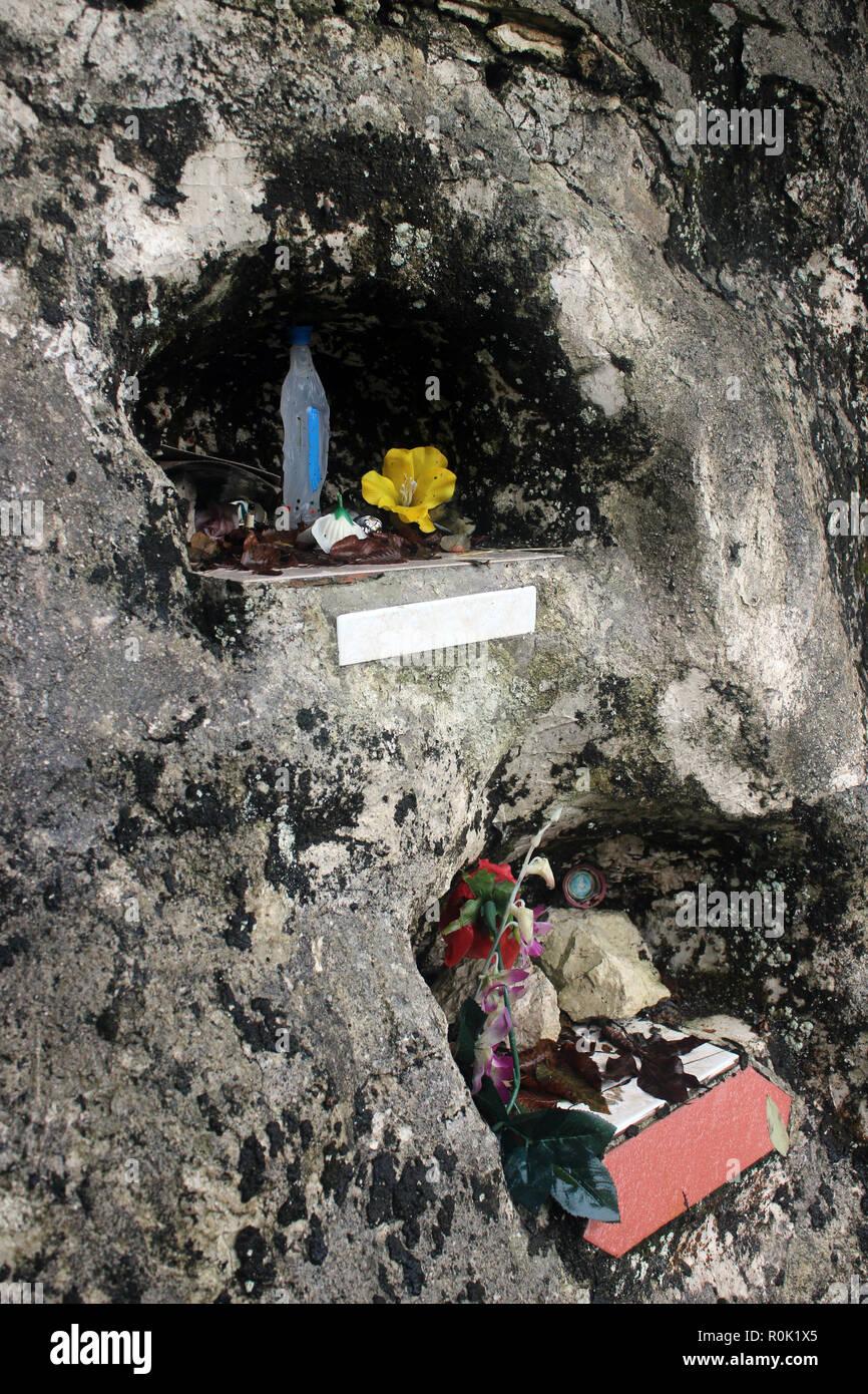 La dévotion religieuse rurale du sud de l'Italie en bordure de Photo Stock