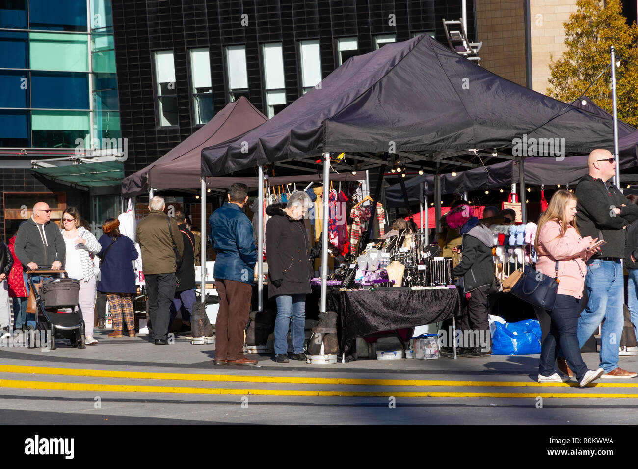 Les décideurs, l'artisanat et marché marché alimentaire au Lowry Outlet Shopping Centre, MediaCityUK, Salford Quays Photo Stock