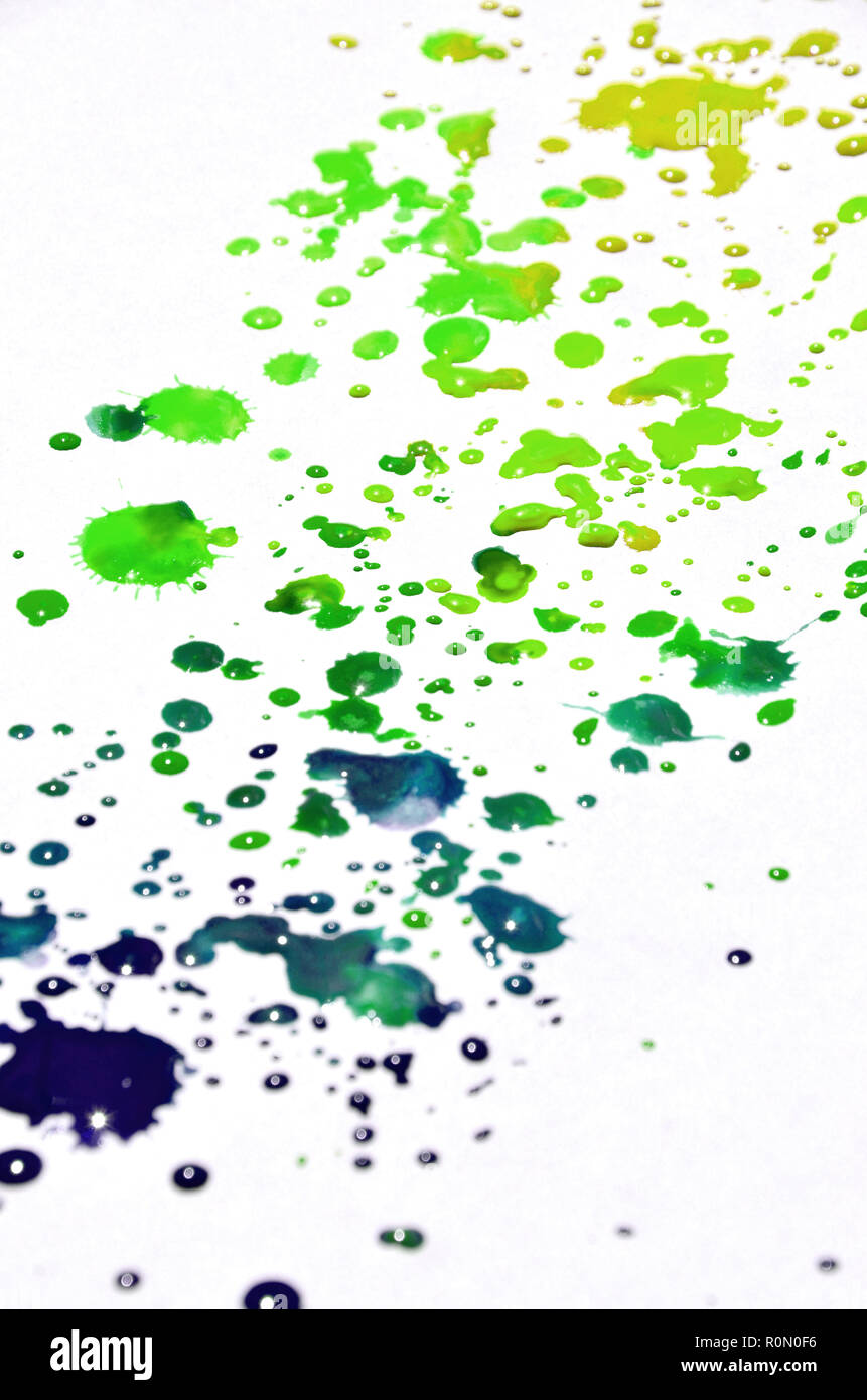 Vert Et Jaune En Couleurs Aquarelle Pinceau Humide Peinture Liquide