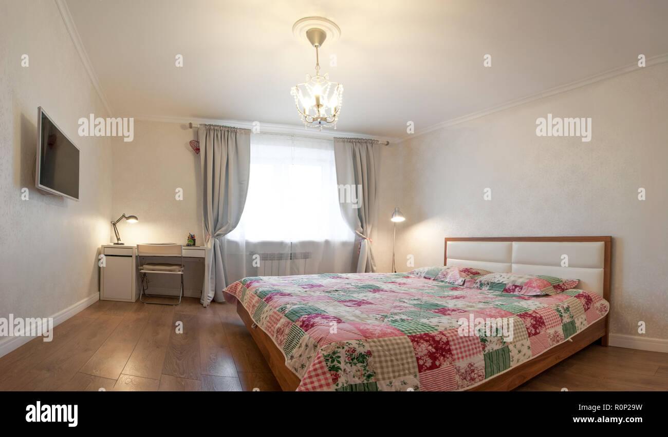 Appartement moderne dans des couleurs chaudes, de l\'intérieur, de ...