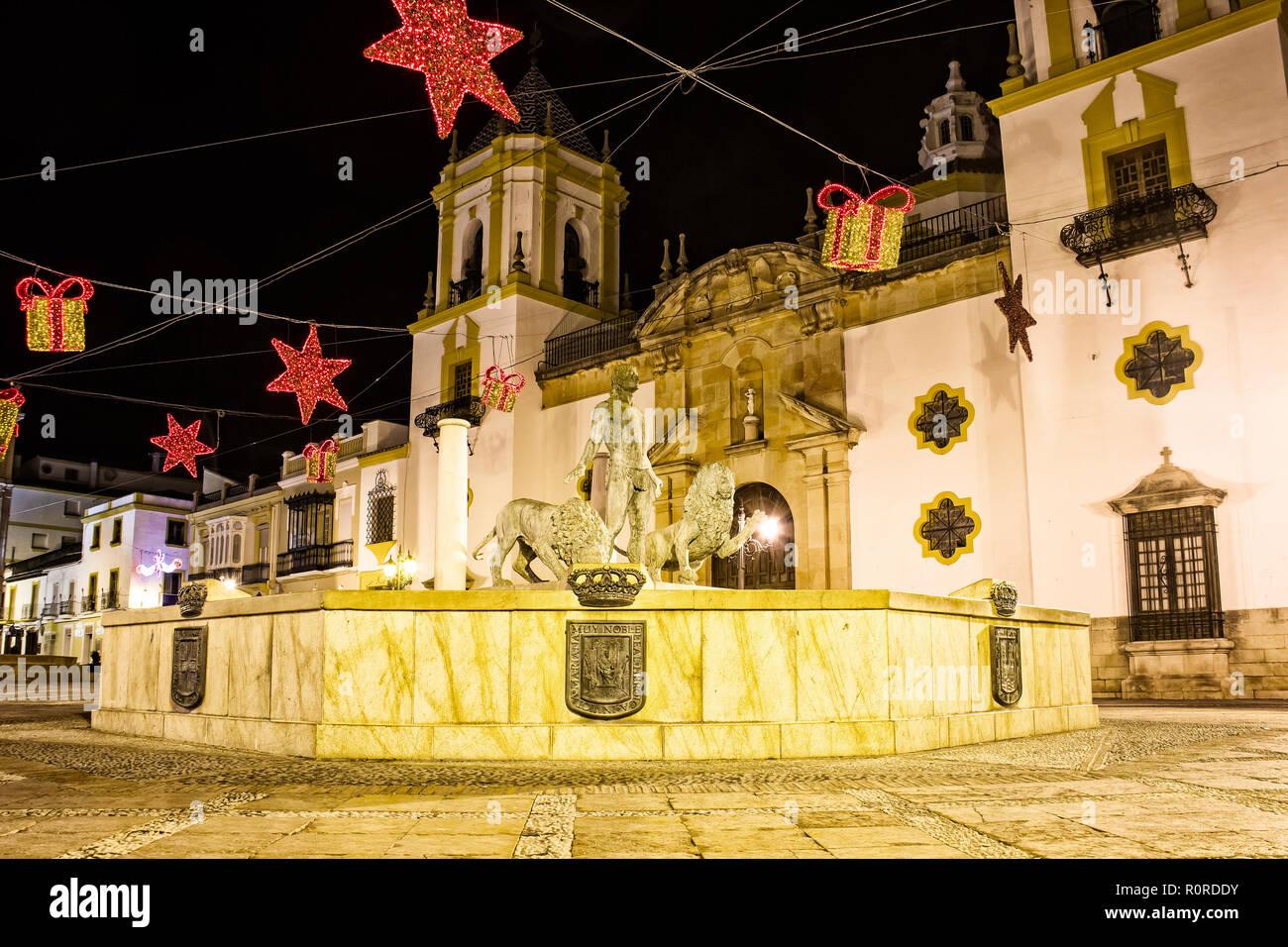 Plaza Del Socorro Square Dans Le Centre De Ronda Avec Maison De