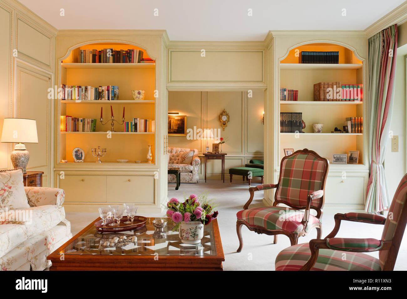 Salon de style édouardien avec étalage Banque D\'Images, Photo Stock ...