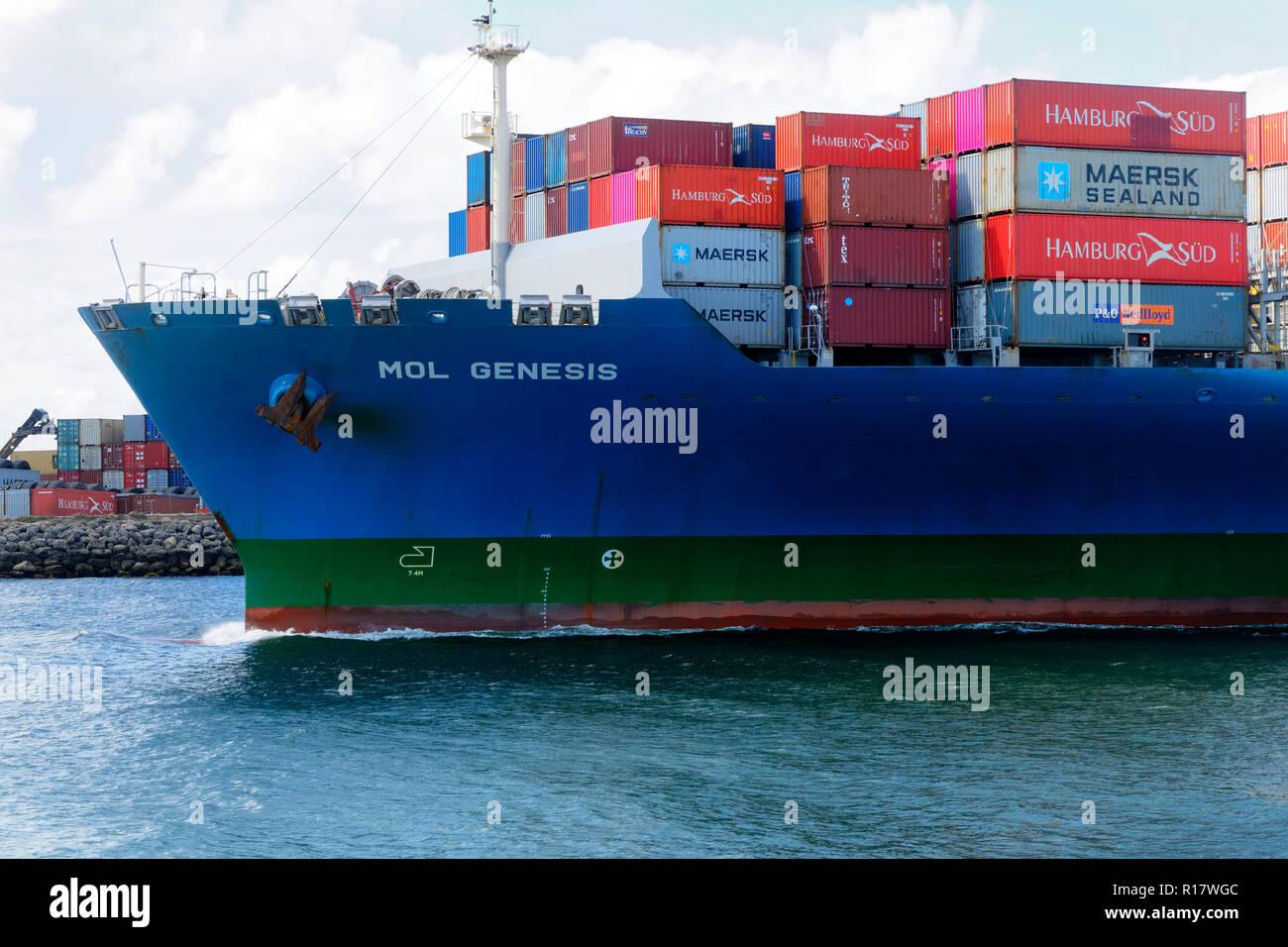 Porte-conteneurs Mol La genèse dans le port de Fremantle, Fremantle, Australie occidentale Photo Stock