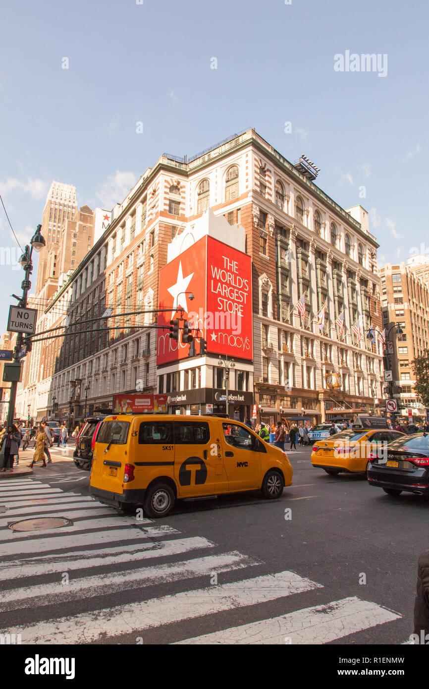 Du grand magasin Macy's Herald Square, sur la sixième Avenue, Manhattan, New York City, États-Unis d'Amérique. Banque D'Images