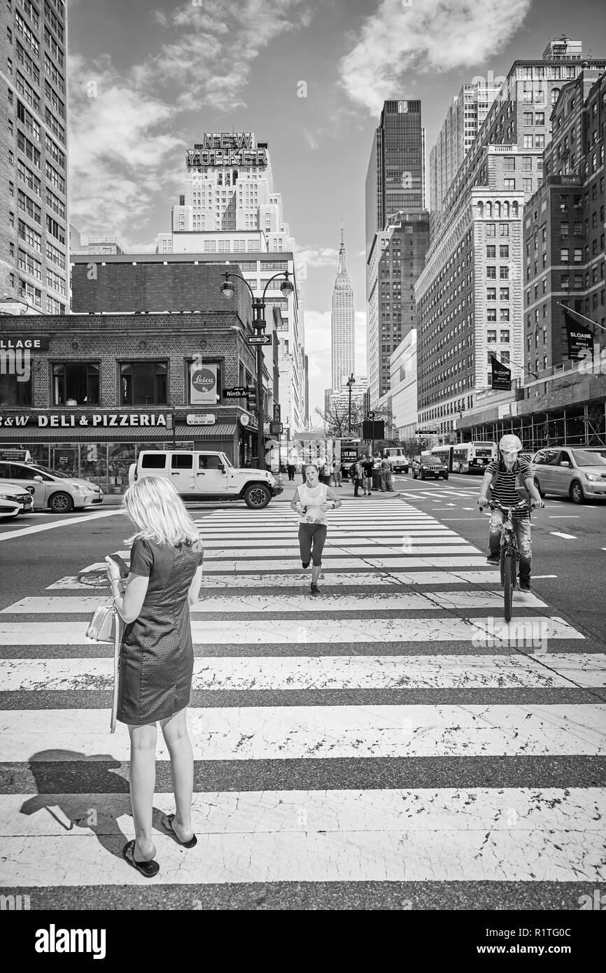 New York, USA - 28 juin 2018: la vie en ville dans la 'Big Apple', ce surnom pour la ville de New York pour la première fois, dans les années 1920 par John J. Fitz Gerald. Photo Stock