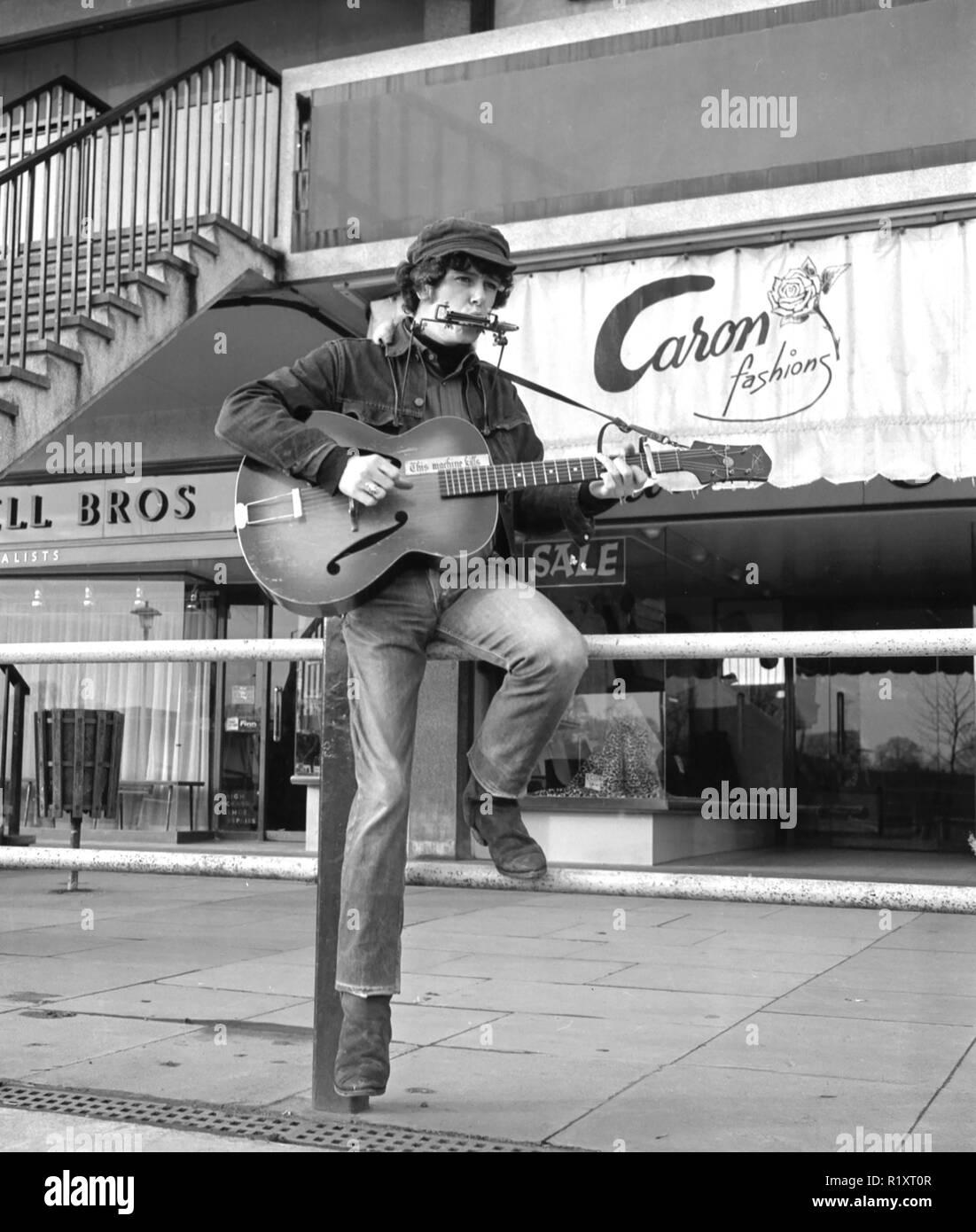 La chanteuse de folk écossais Donovan en 1965 Photo Stock
