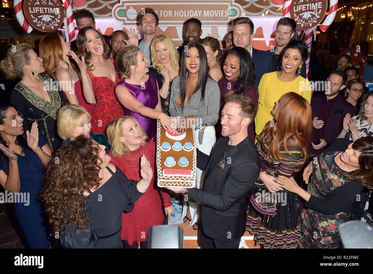 Los Angeles, USA. 14Th Nov, 2018. Les actrices de la vie les films de Noël à la cérémonie d'ouverture de la taille de la vie d'épices maison du Grove. Los Angeles, 14.11.2018   Conditions de crédit dans le monde entier: dpa/Alamy Live News Banque D'Images