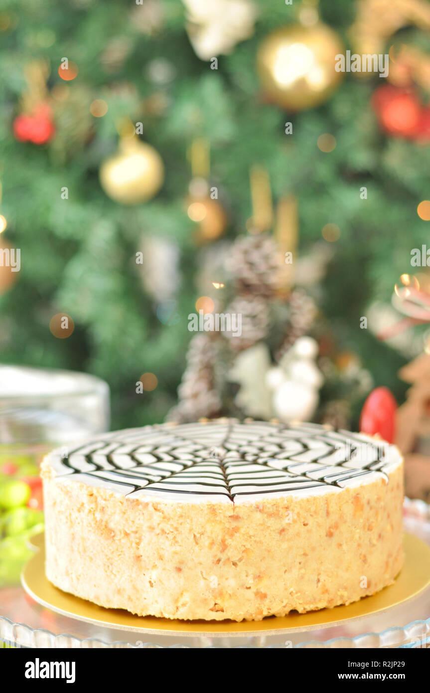 Chocolat Blanc Gateau Mosaique Avec Decoration De Noel Banque D
