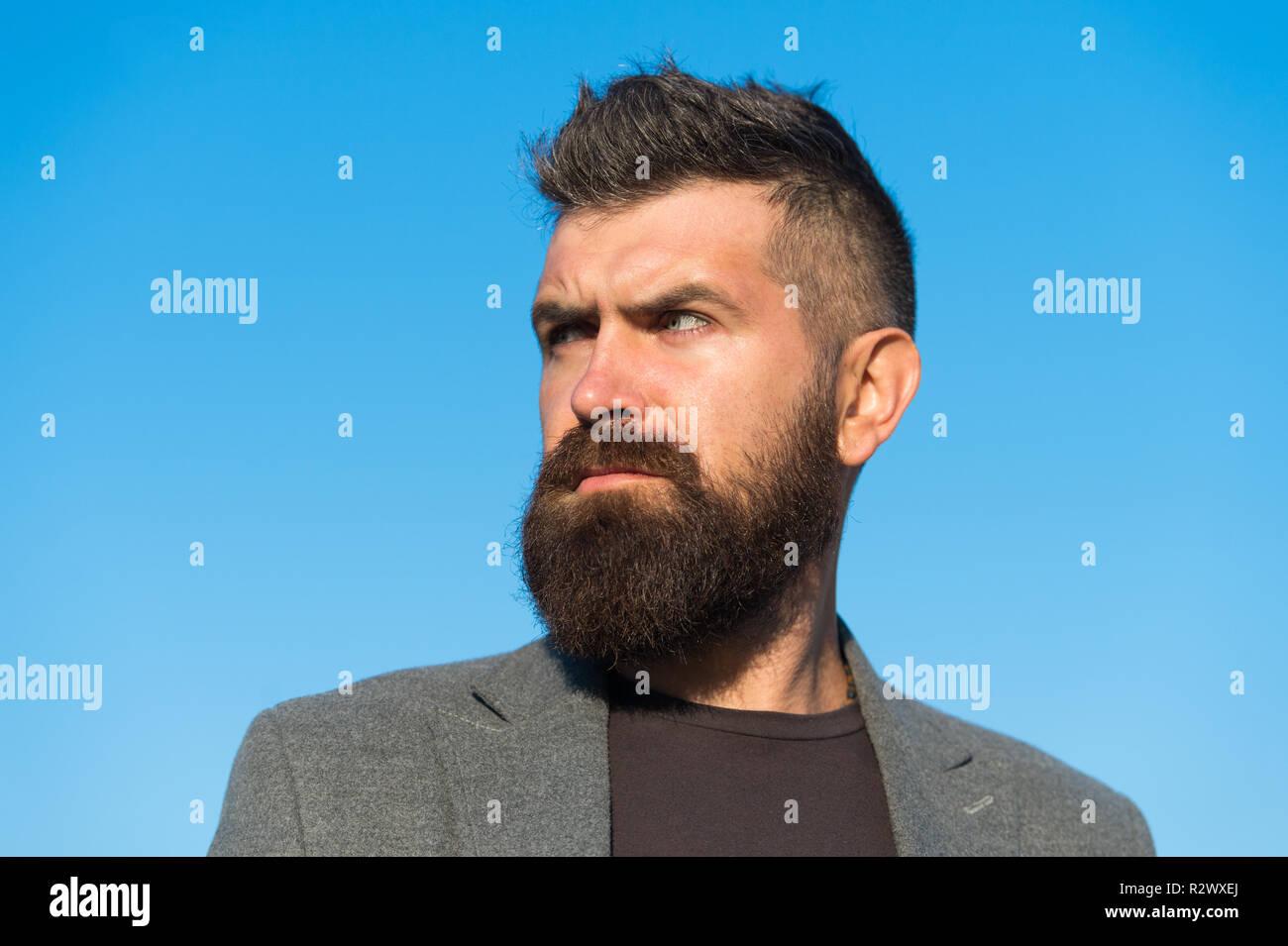 Hipster Apparence La Mode De La Barbe Et Coiffure Concept L Homme Elegant Manteau A La