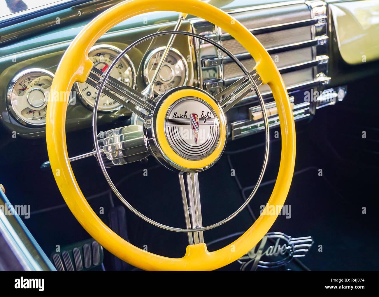 LAS VEGAS, NV/USA - 2 NOVEMBRE 2018: un tableau de bord spécial huit Buick à la Specialty Equipment Market Association (SEMA) salon de l'automobile. Banque D'Images