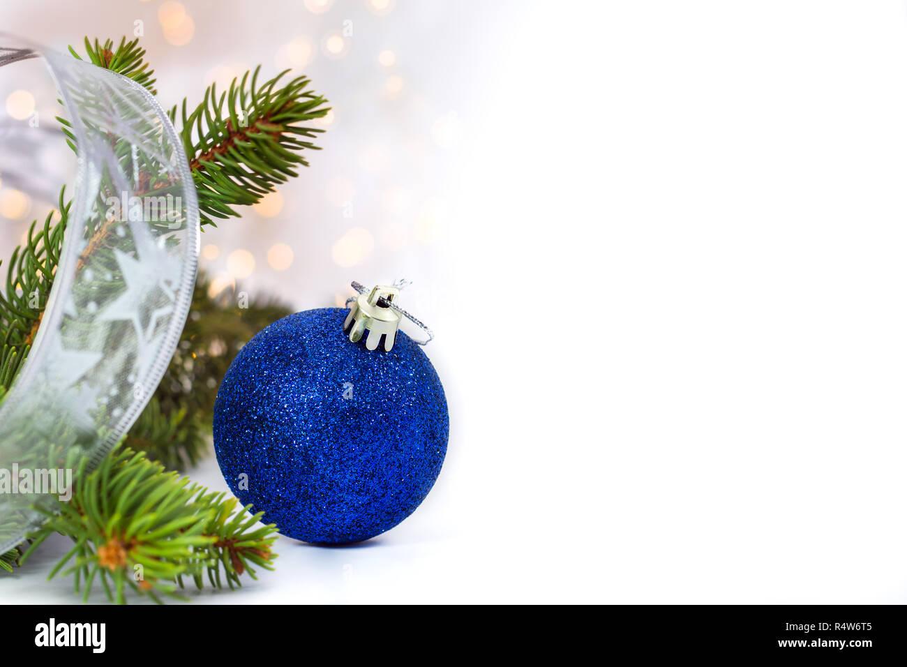 Glitter Bleu Boule De Noël Succursale De Sapin Et Ruban Dargent