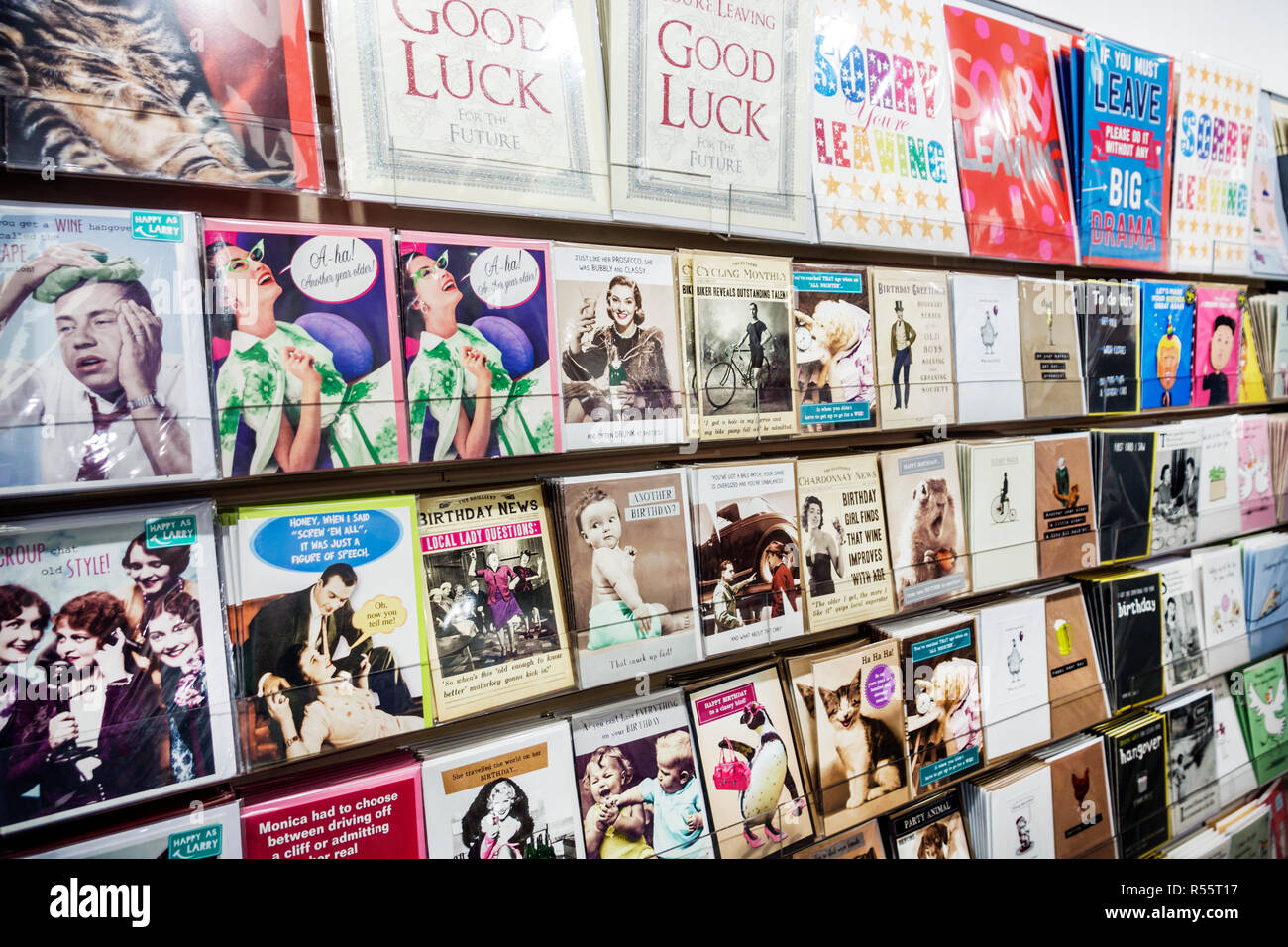 Royaume-uni Grande-Bretagne Angleterre Londres Westminster Galore papeterie Cartes Cartes de vœux shopping humour anniversaire occasion spéciale afficher Photo Stock