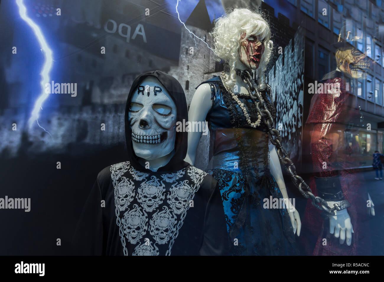 Fantomes Et De Monstres Decoration De Vitrine Pour L Halloween