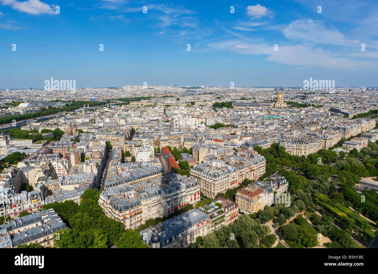 La ville de Paris, France, vu de la Tour Eiffel. Banque D'Images