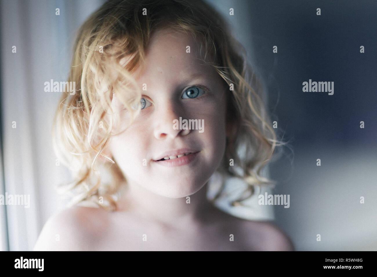 Portrait of a smiling boy Banque D'Images