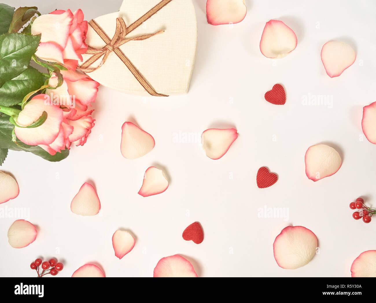 Fleur Rose Fête Anglais Composition Sur Le Fond Blanc Haut