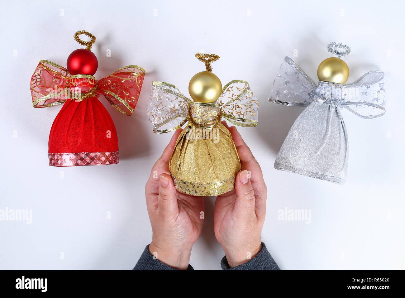 Comment Faire Des Boules En Papier angel diy bouteille en plastique. guide sur la photo comment