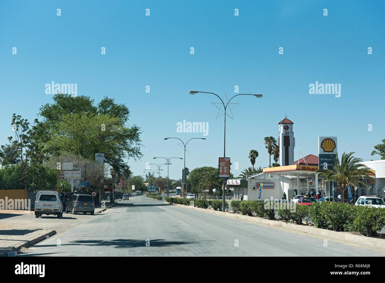 Rue principale de la ville de gobabis dans l'est de la namibie Photo Stock