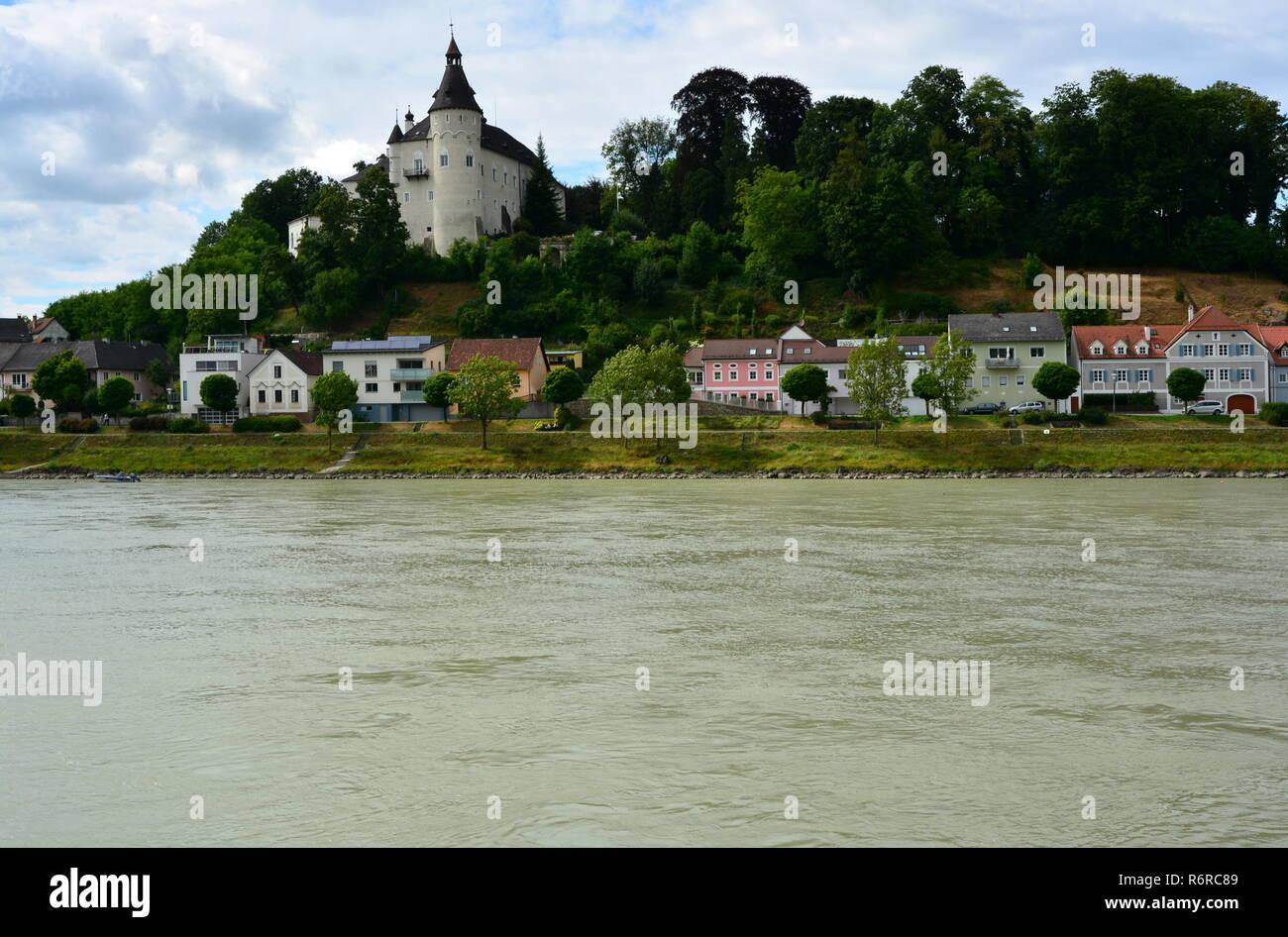 Ottensheim château sur le Danube Banque D'Images