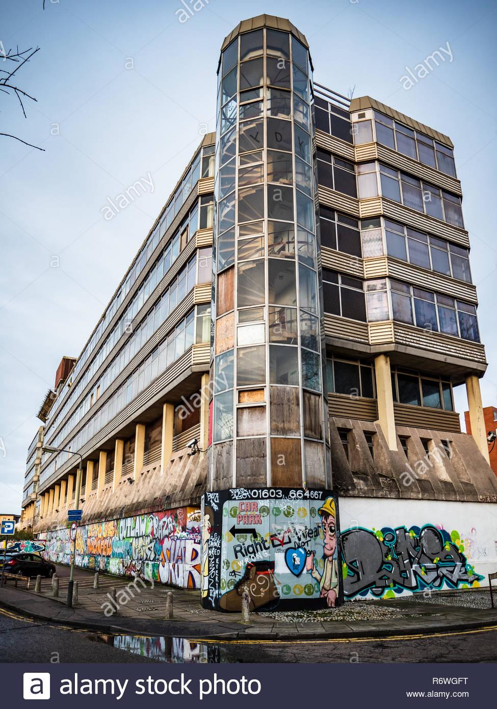 Maison souveraine à Norwich Anglia Square (architectes Alan Cooke Associates, 1966-1968) - Bâtiment de style brutaliste anciennement immobilier HM Stationery Office Photo Stock