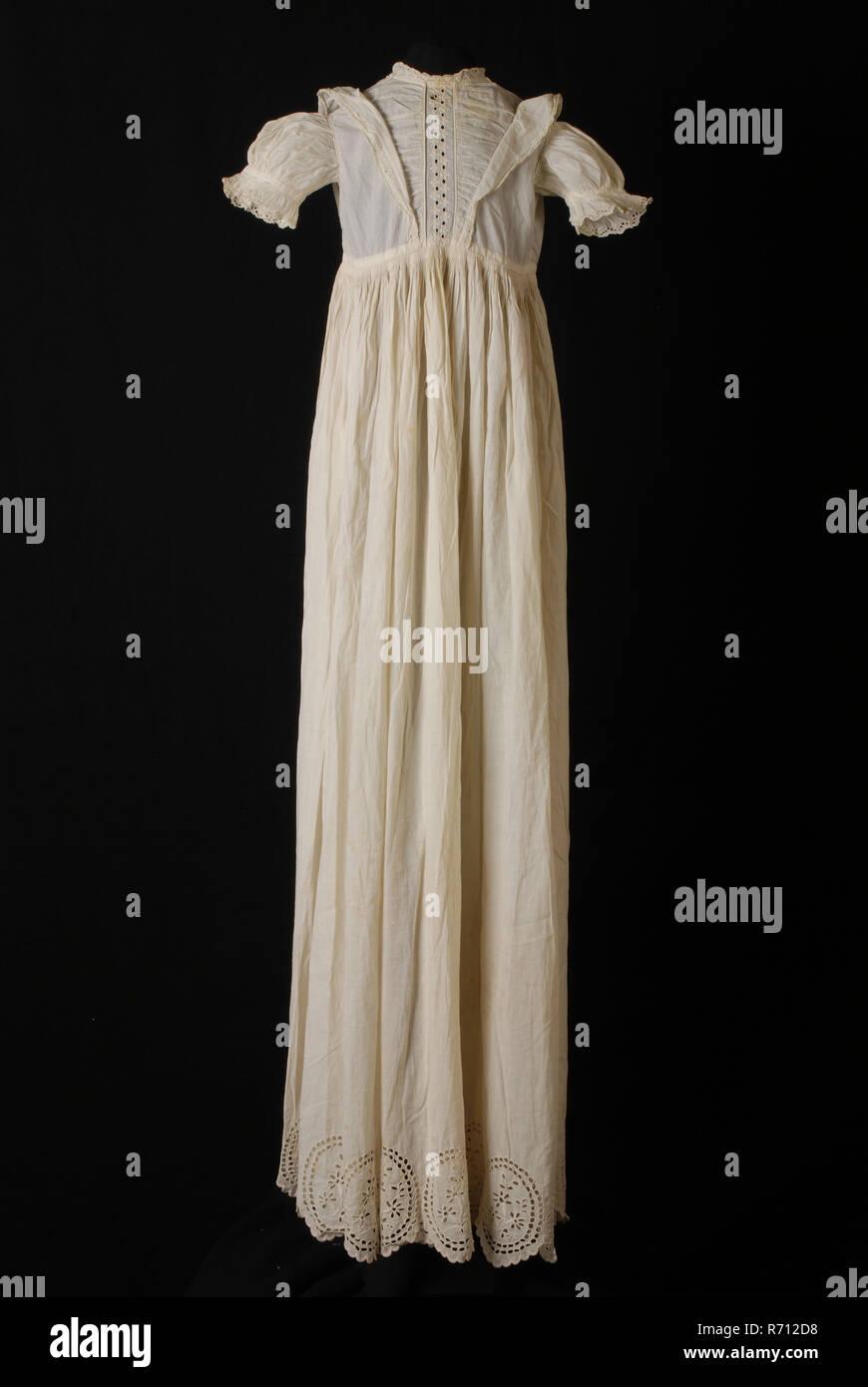 livraison gratuite 1d3f2 49b02 Overdress appartenant à robe de baptème, faite de coton avec ...