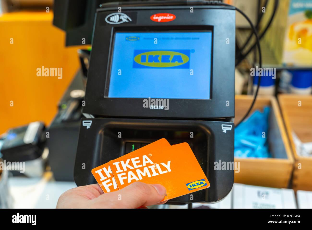 Ikea Espagne Carte.Valencia Espagne Decembre 09 2018 Magasin Ikea Lot En