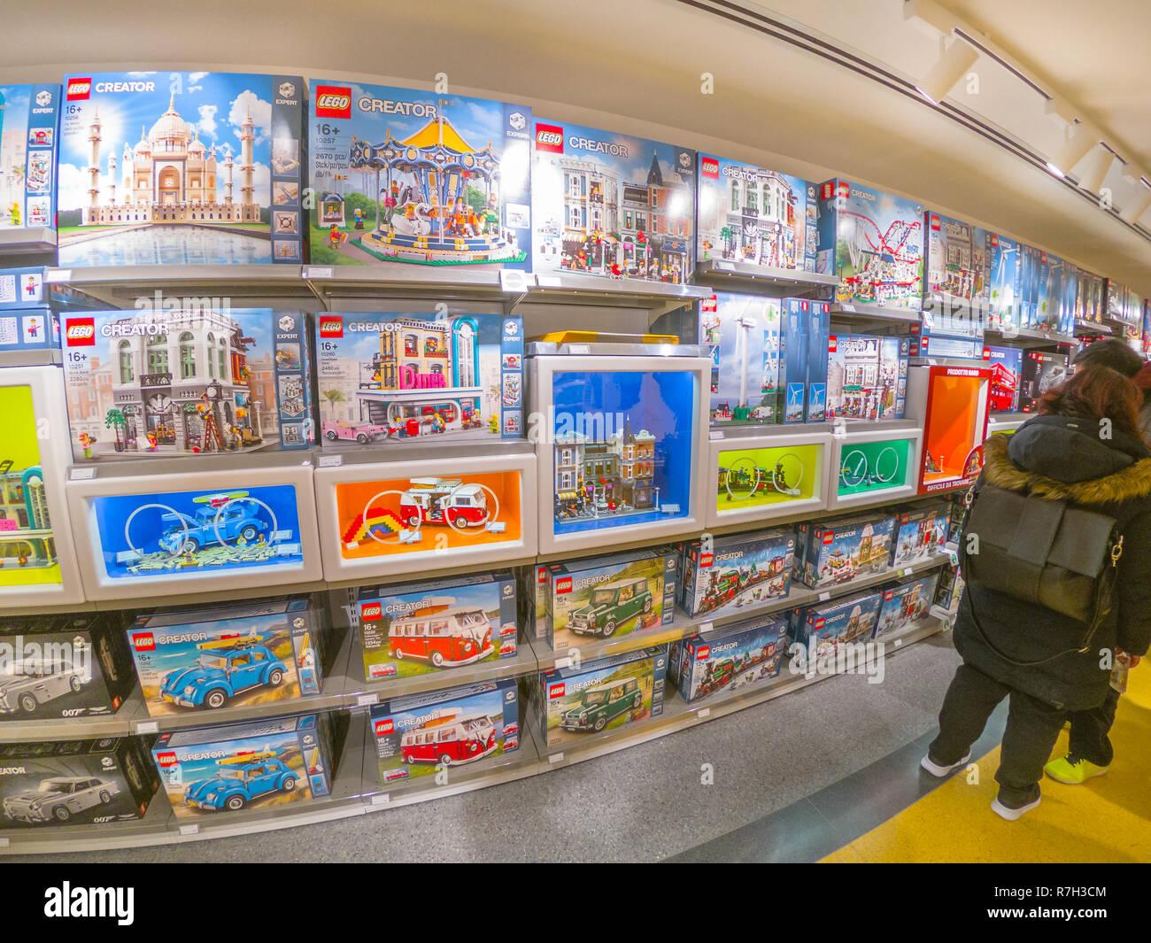 6 BologneItalie 2018Ouverture Décembre Au Shopping Du Célèbre q354RLcSAj