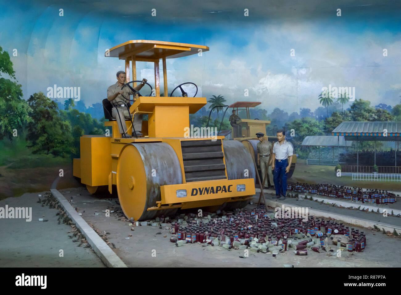 Machine à détruire la drogue au Musée d'élimination des drogues à Yangon, Myanmar. Banque D'Images