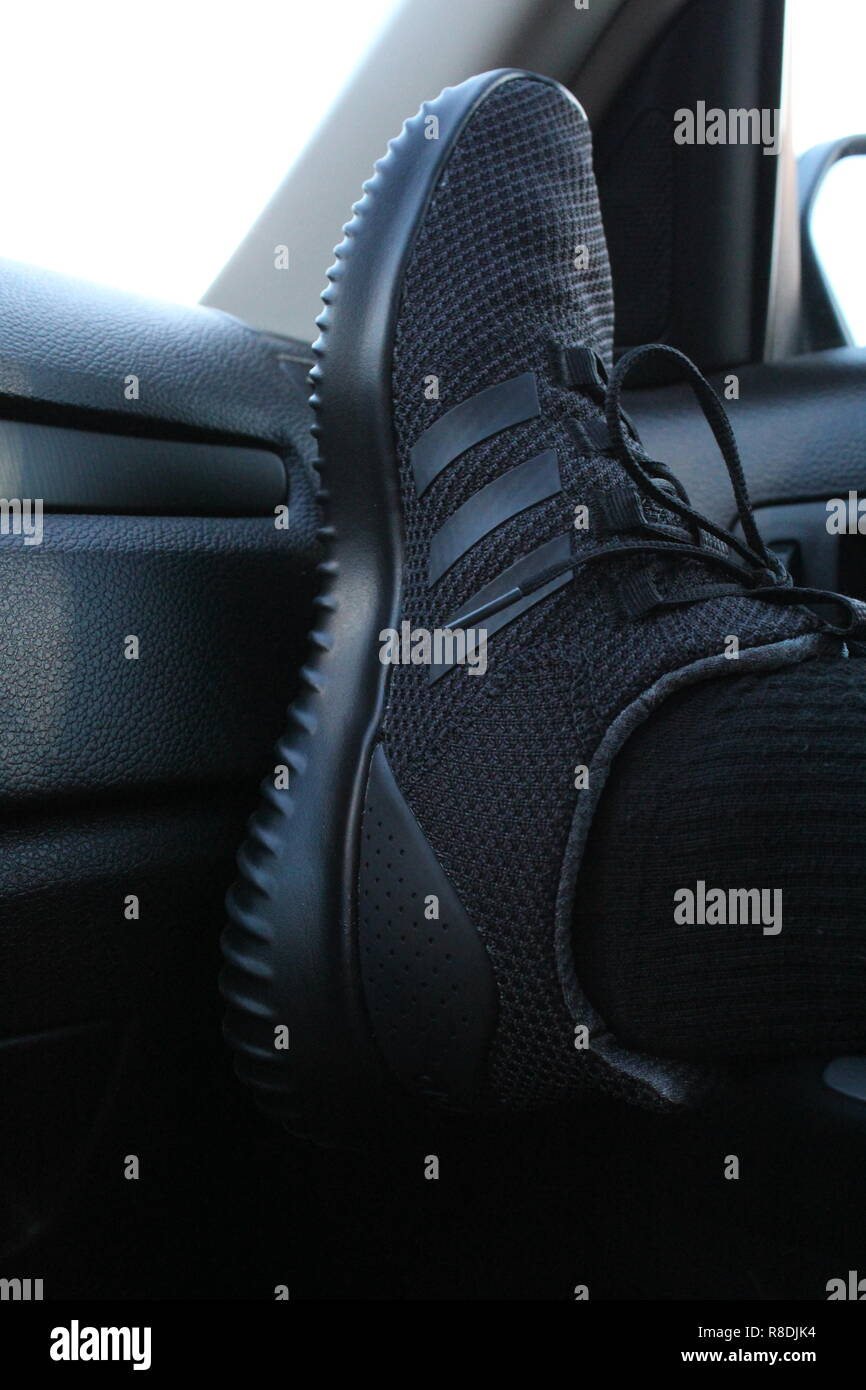 Sport L'intérieur Ultime En Adidas Cloudfoam À Chaussures Voiture De N8wvnmO0