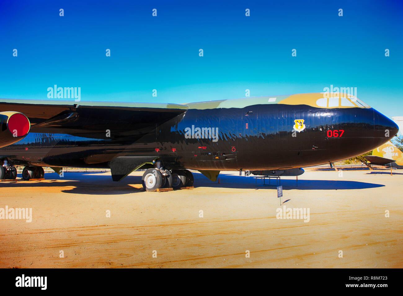 Boeing B52D Stratofortress avion bombardier stratégique à l'affiche au Pima Air & Space Museum à Tucson, AZ Banque D'Images