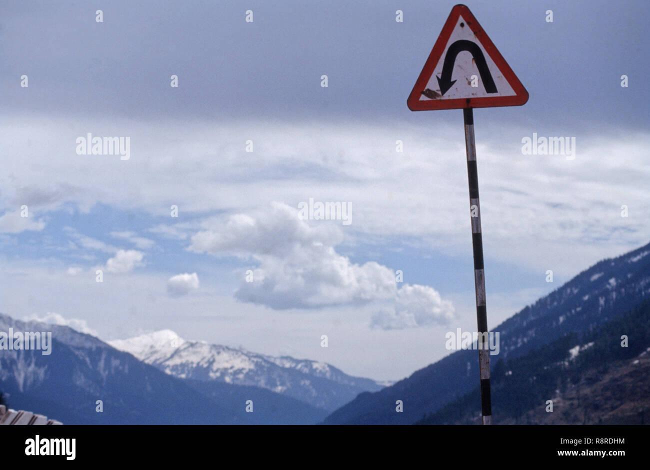 U Turn, Manali, Himachal Pradesh, Inde Photo Stock