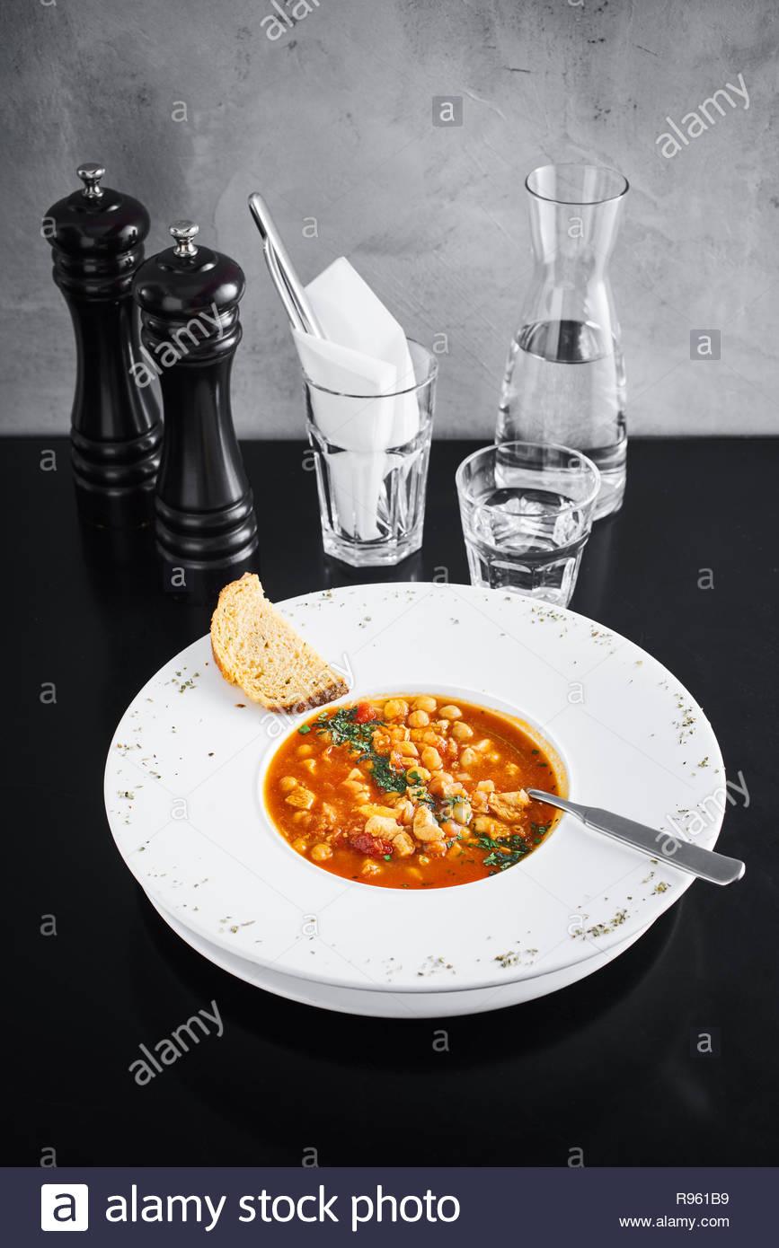 Bol de soupe minestrone Banque D'Images