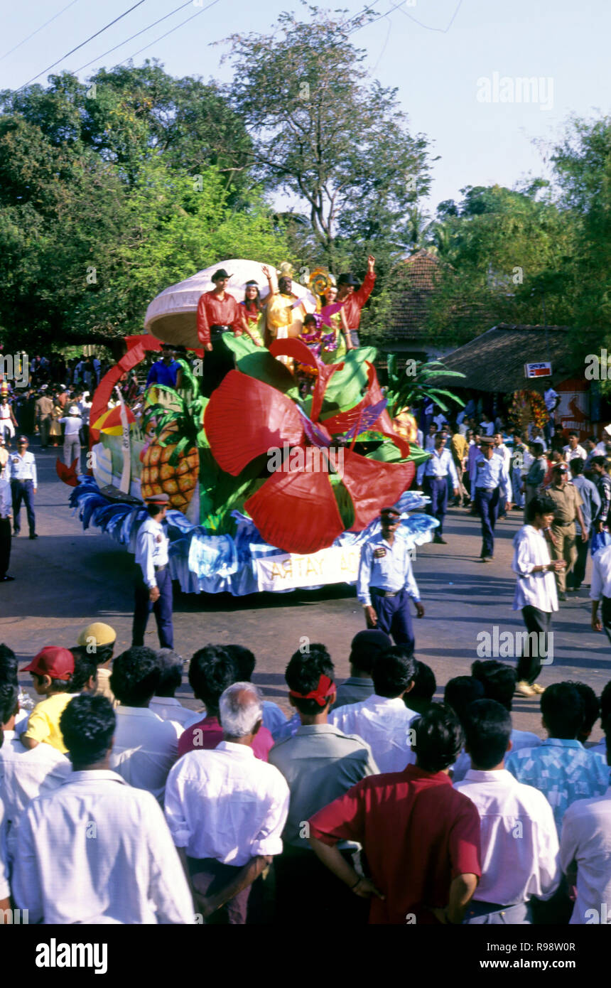 Démo King flottent dans carnaval, Panjim, Goa, Inde Photo Stock