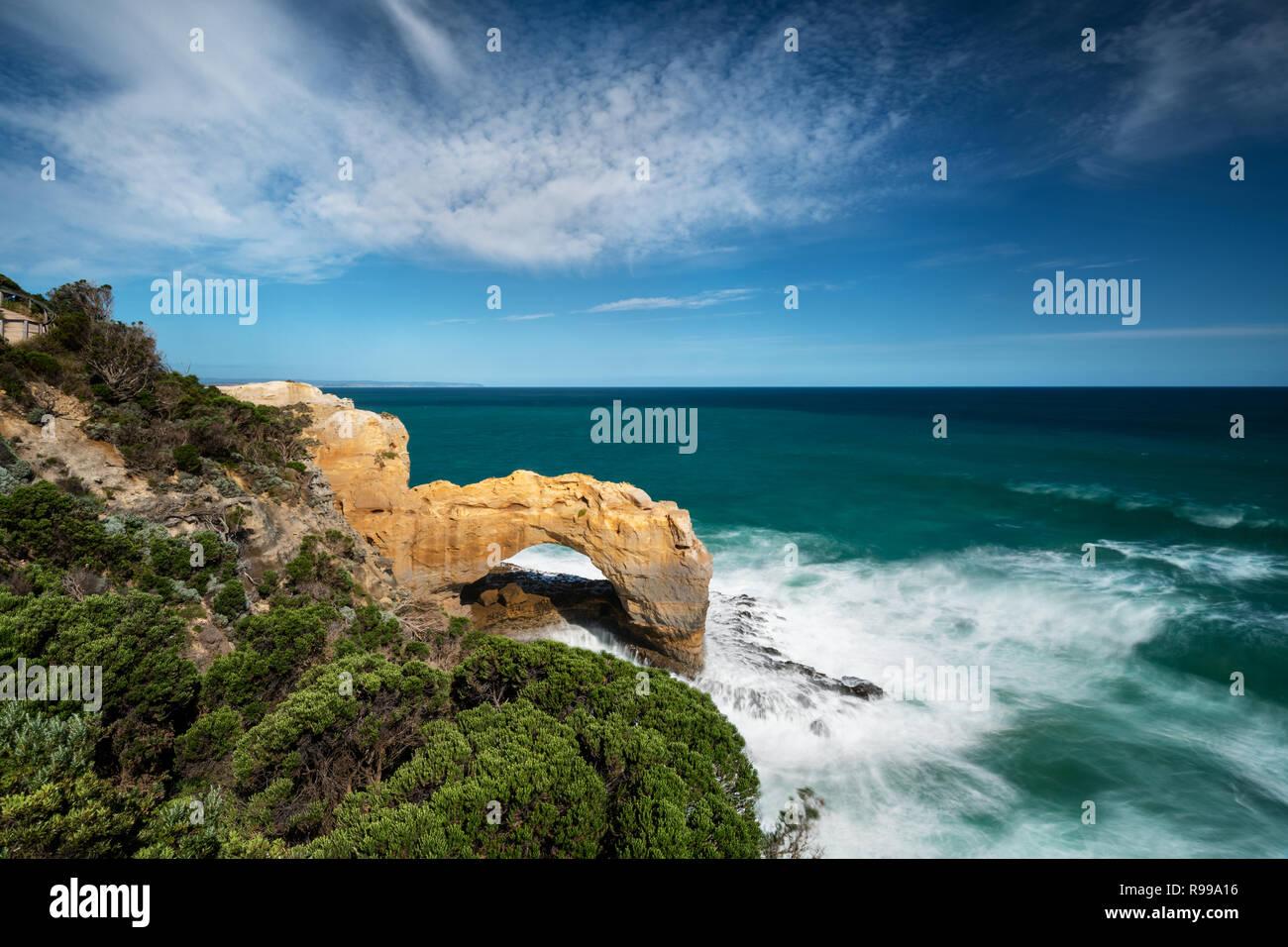 L'Arche est une des caractéristiques côtières à Port Campbell National Park. Photo Stock