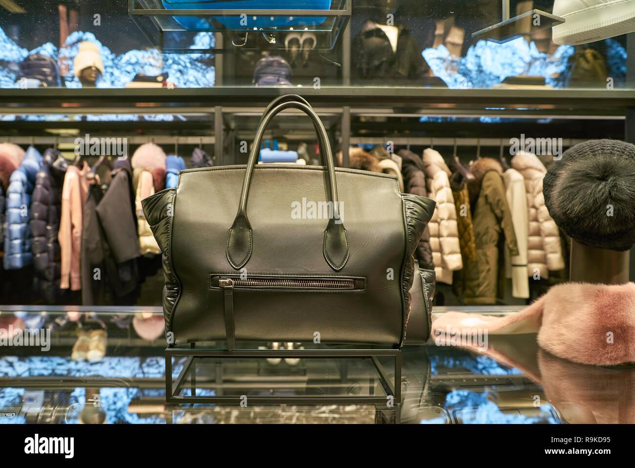 hot sales 792d8 cae11 ROME, ITALIE - circa 2017, novembre : sac sur l'affichage à ...