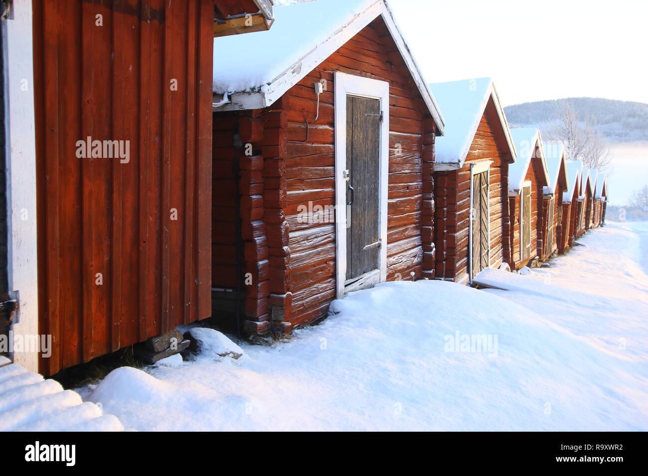 Höga Kusten voir en hiver soleil est bas il y a une grande lumière de la tranquillité au lac ralentir Slow travel l'agitation de temps aller retour à la nature Banque D'Images