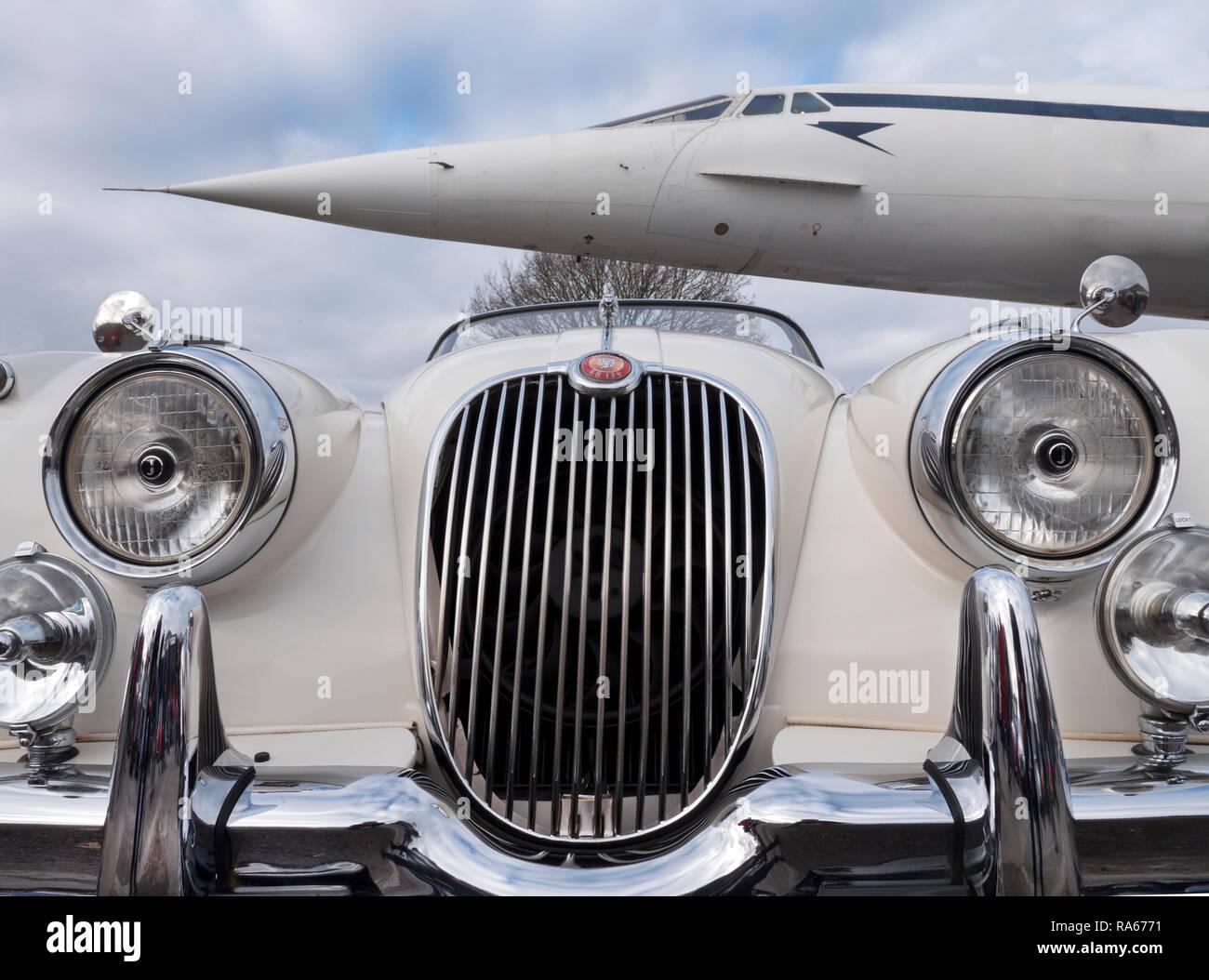 Weybridge, Surrey, UK. 1er janvier 2019. Le Brooklands Museum New Years Day Classic car la cueillette. Brooklands Weybridge, Surrey emplacement Road au Royaume-Uni. 01/01/2019 Credit: Cabanel/Alamy Live News Photo Stock
