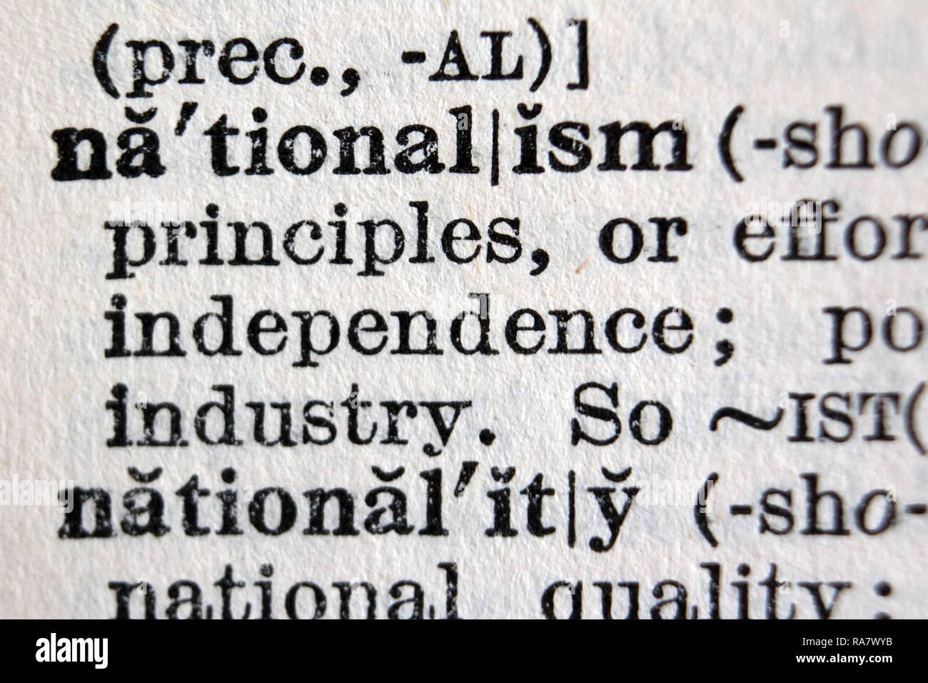 Le nationalisme et la nationalité mots bold sur Oxford English Dictionary, Close up Photo Stock