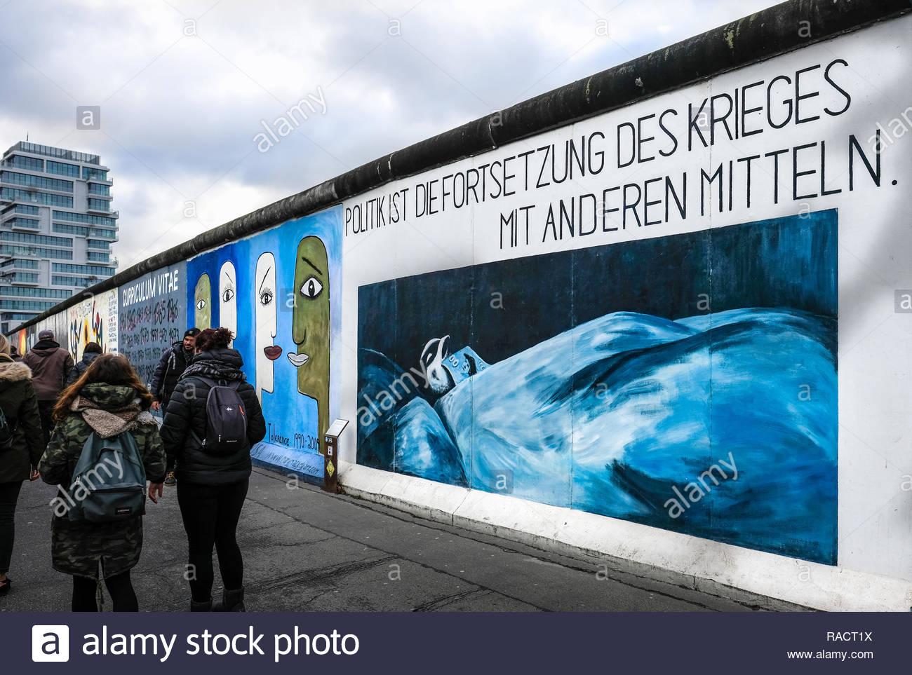 BERLIN - Graffiti à l'East Side Gallery Photo Stock