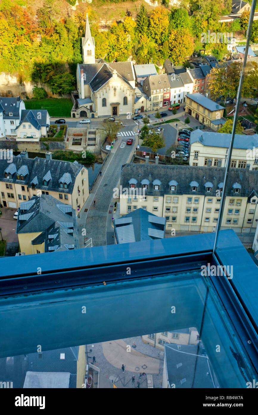 Intérieur de l'ascenseur panoramique du Pfaffenthal, Luxembourg, Luxembourg-ville Photo Stock