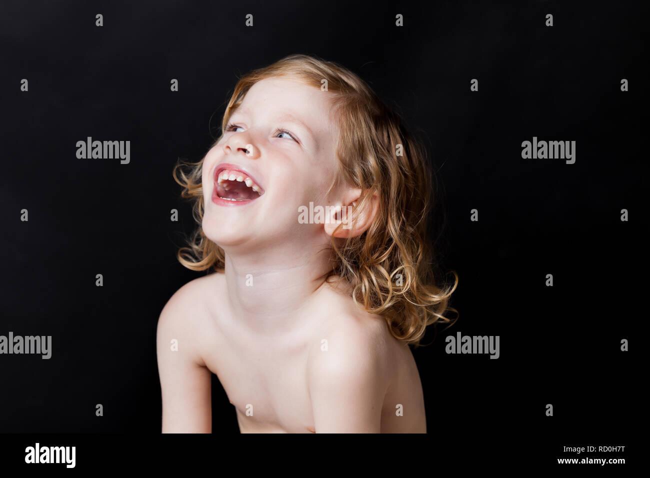 Portrait of a Boy laughing Banque D'Images