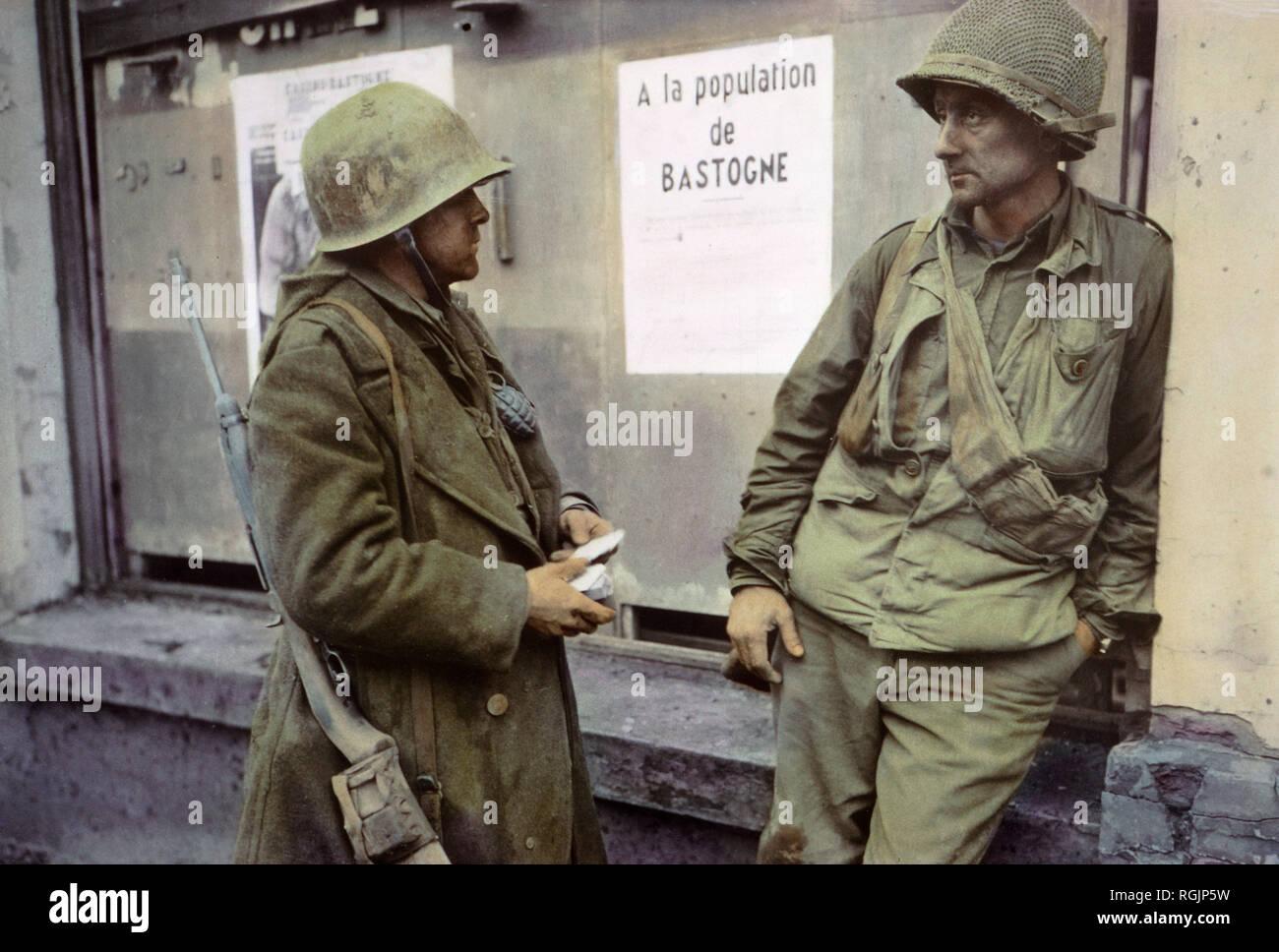 WW2 Sherman et fantassins de la 1ère Armée en Alsace