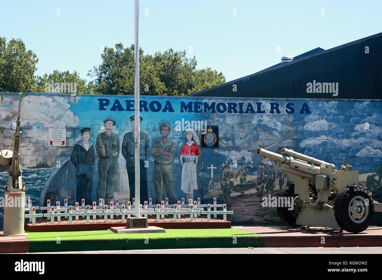 Murale colorée au mémorial de Paeroa R S A dans Belmont Rd, Paeroa, Nouvelle-Zélande Photo Stock
