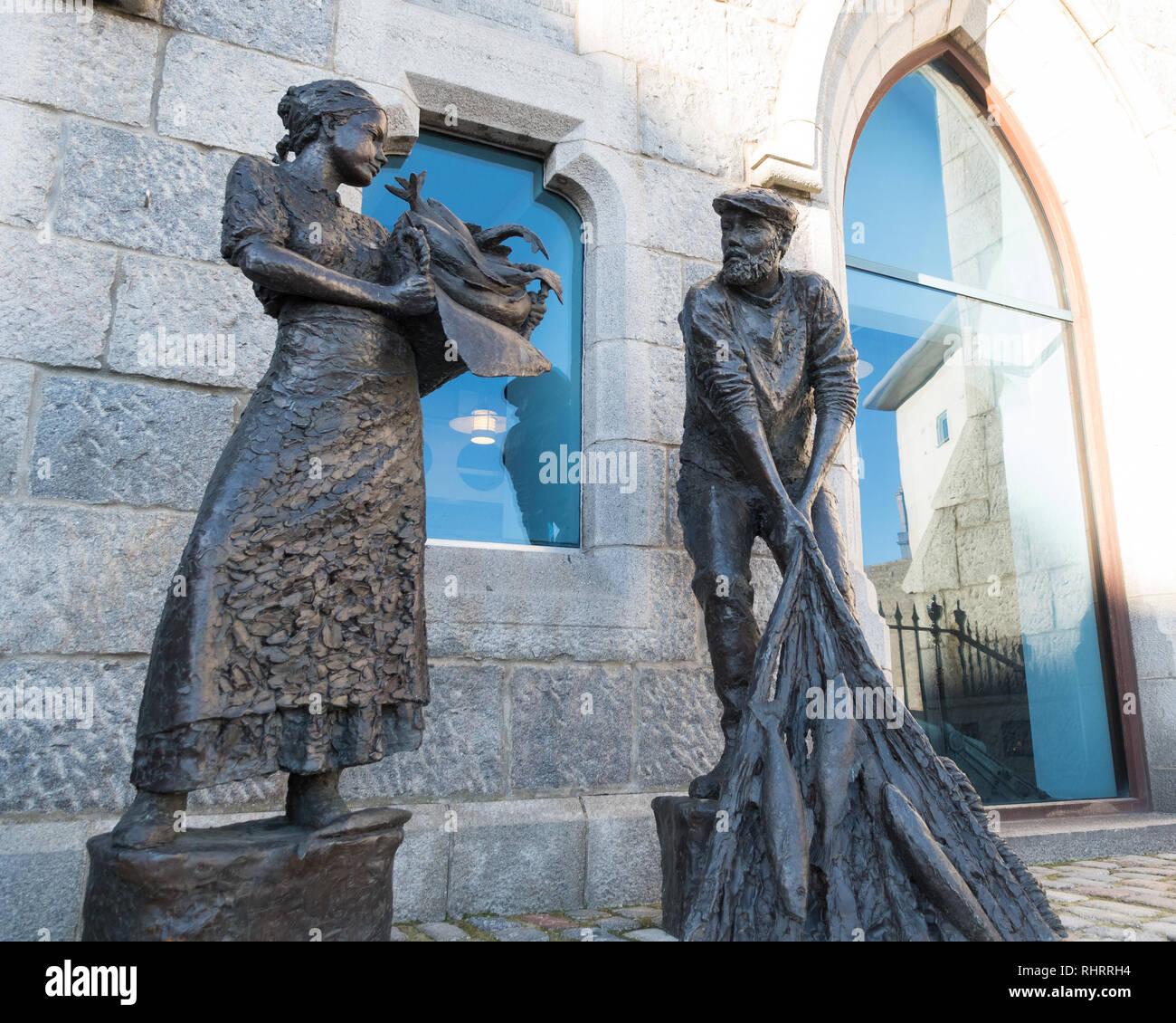 L'industrie de la pêche d'Aberdeen en dehors de la memorial Musée Maritime, Shiprow, Aberdeen, Écosse, Royaume-Uni Photo Stock