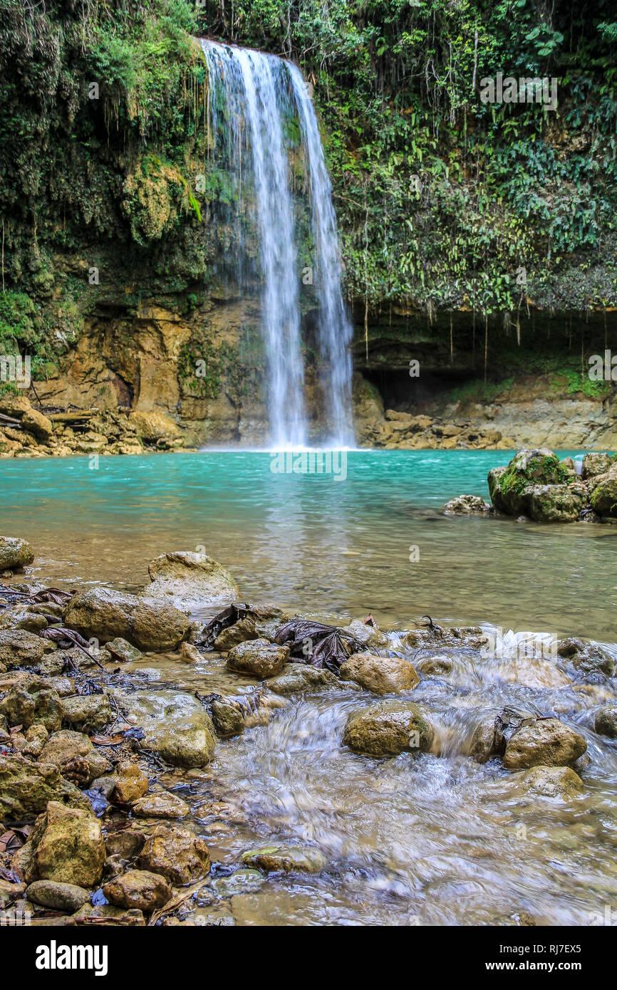 Große Antillen, Karibik Dominikanische Republik,, Monte Plata, Wasserfall in der Provinz Monte Plata Banque D'Images