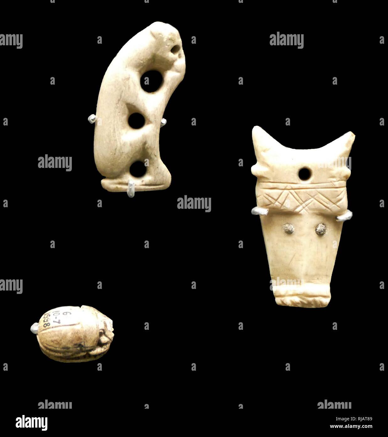 Objet en ivoire sculpté et d'os de Camiros, Rhodes, Grèce. 720-550 BC. Trouvé dans le Temple d'Athena Photo Stock