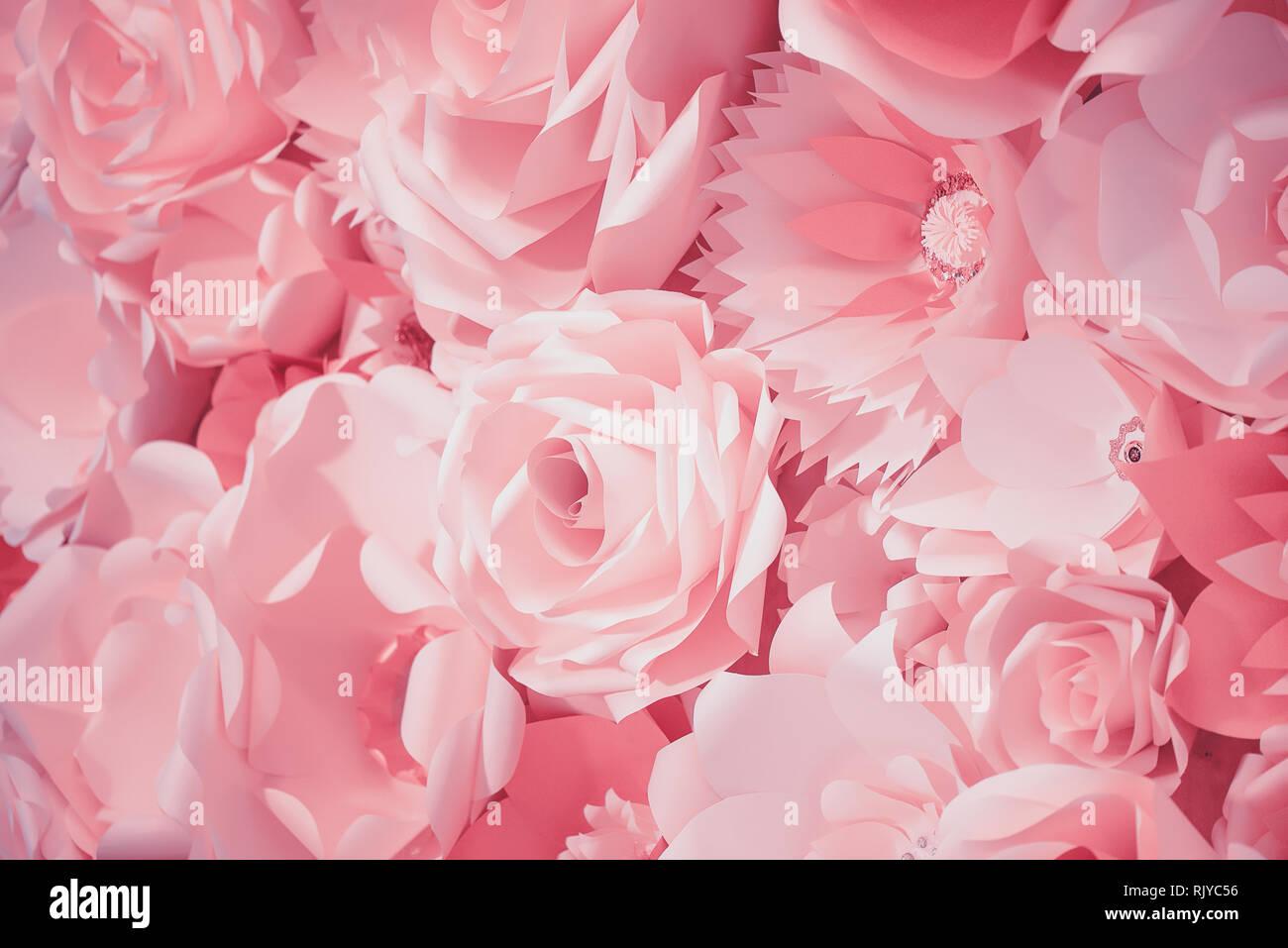 Idée Cadeau Baby Shower en effet filtre de couleur rose d'une fleur en papier 3d