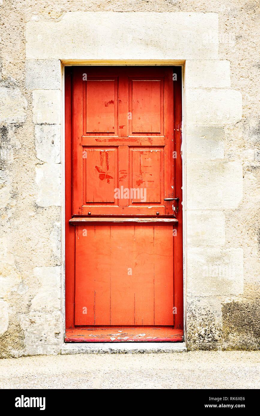 Porte D Entrée Rouge couleur rouge rustique ancienne porte d'entrée de maison en