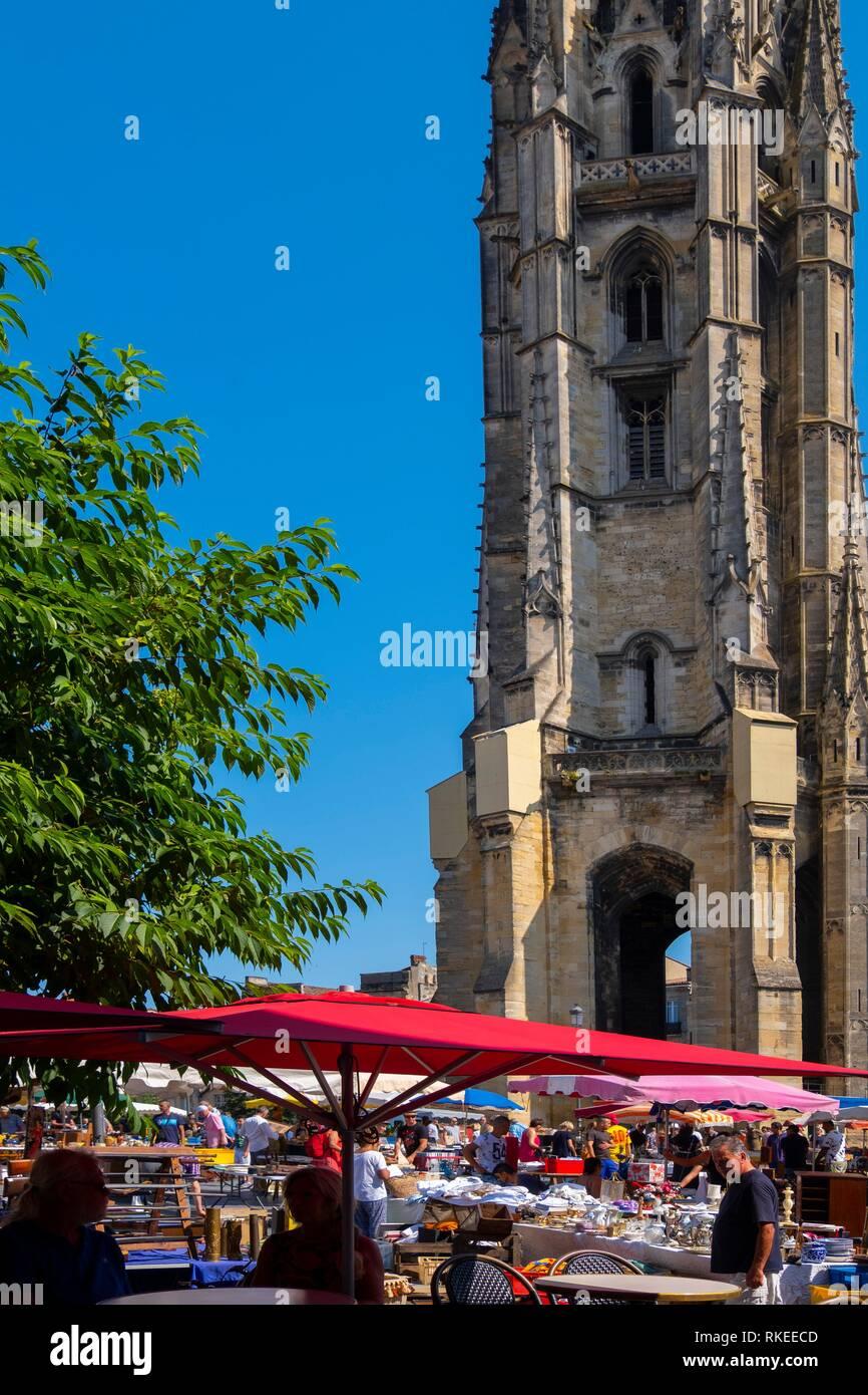 Nouvelle France, Aquitaine, Gironde, dimanche matin sur la Place Saint Michel, à Bordeaux. Photo Stock