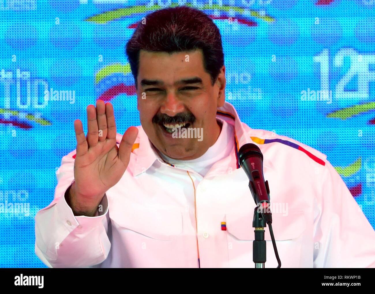 Caracas, Venezuela. 12 Février, 2019. Le président vénézuélien Nicolas Maduro prononce un discours lors d'une démonstration à l'appui de son gouvernement, à Caracas, Venezuela, 12 février 2019. Partisans et détracteurs du Président Maduro est allé à des rues dans multitudinary marches. Photo: EFE News Agency/Alamy Live News Photo Stock
